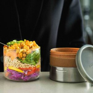 Кутия за храна от стъкло и стомана 600 мл, бадем - Black+Blum